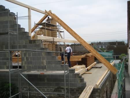 Aufbau des Dachgebälks
