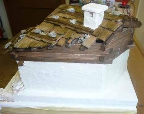 Bauanleitung für eine alpenländische Krippe – Spachteln bzw. Verputzen und Schwärzen, Waschen und Grundieren