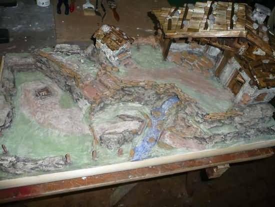 Bauanleitung für eine alpenländische Krippe – Fassen (Bemalen) und Waschen (Patinieren)