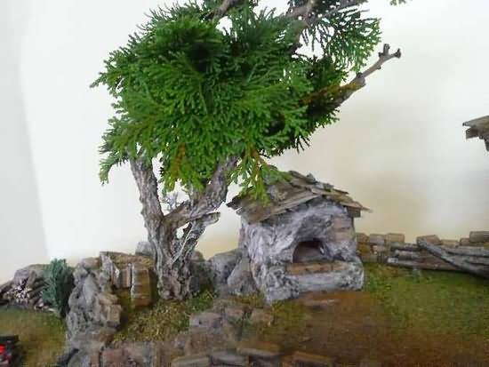 Der Baum mit Backhäuschen