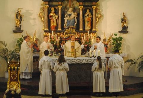 Pontifikalamt zur Eröffnung der Landestagung in Klüsserath