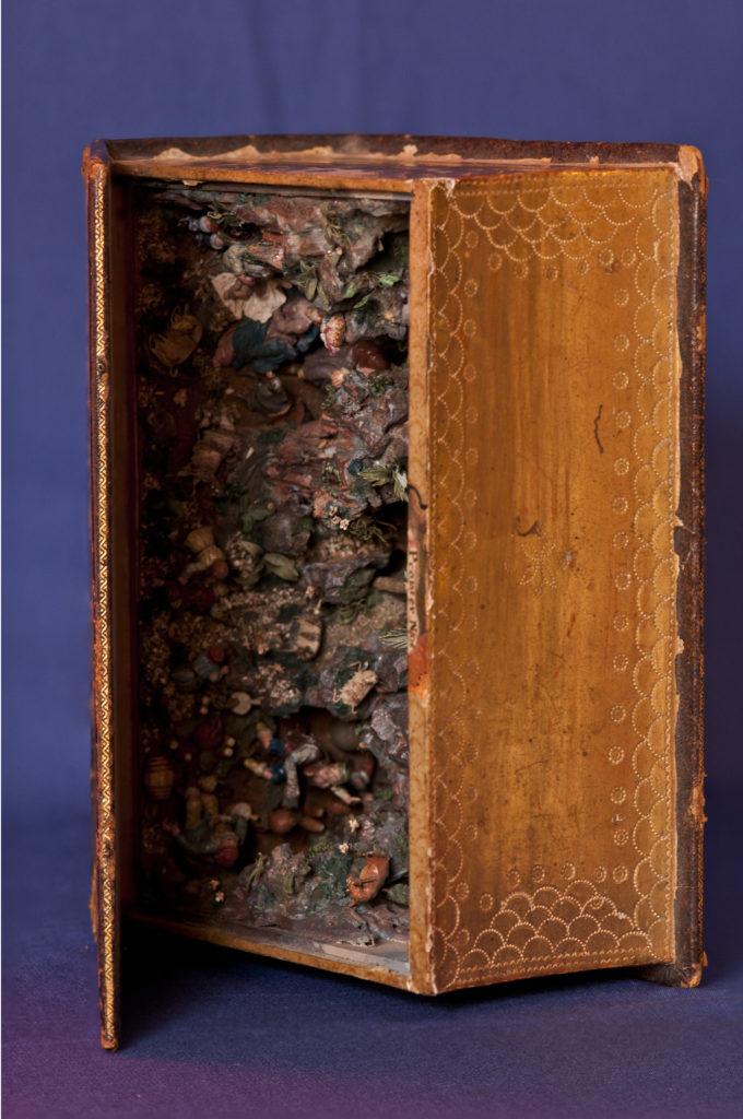 Buchkrippe aus Sizilien, 18. Jh., Seitenansicht